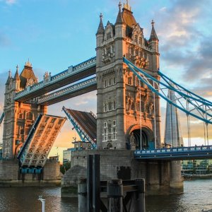 tower-bridge-980961_960_720